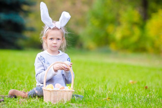 Enfant à pâques